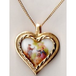 LIMOGES PORCELAIN HEART MEDALLION MARQUIS FRAGONARD DECORATION