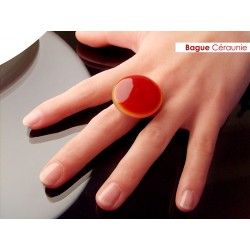 Blood crystal round ring