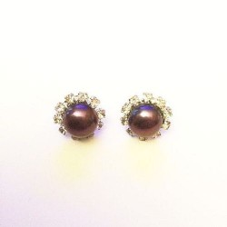 STUD EARRING - PEARL AND RHINESTONES