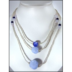 BLUE CRYSTAL 3 ROWS NECK