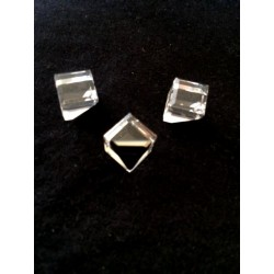 SET OF 5 CRYSTAL CUBES 10 MM