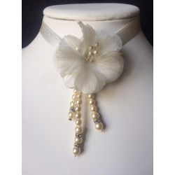 WHITE SPECIAL WEDDING NECKLACE
