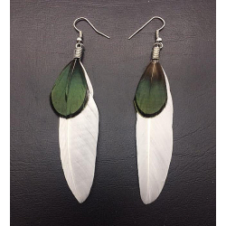 WHITE FEATHER EARRINGS CLIPS OR PIERCED EARRINGS TO BE SPECIFIED