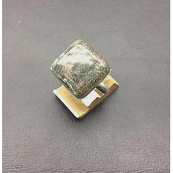 FRENCH CRYSTAL SQUARE RING 15X15 MM AVENTURINE GRAY