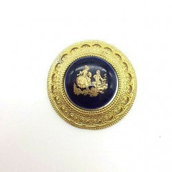 LIMOGES PORCELAIN ROUND BROOCH SCENE GALANTE FRAGONARD BLUE DE FOUR