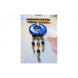 FIBULA BROOCH WITH SOUND CHINESE SAPPHIRE PIECE IN CRYSTAL