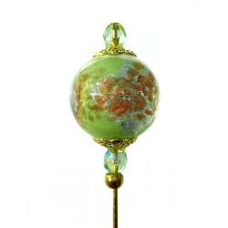 Complice pistachio fibula