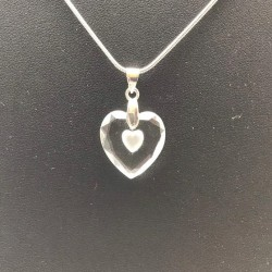 SWAROVSKI CRYSTAL HEART PENDANT NECKLACE CHAIN ​​AND CASE