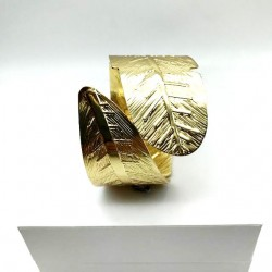 WOMEN CUFF LARGE GOLD LEAF