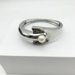 MAGNIFICENT WOMEN'S ARTICULATED SILVER BRACELET WITH PEARL