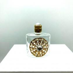 WHITE TRIANGULAR PERFUME MINIATURE GOLD GRID DECORATION CRYSTAL PEARL