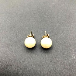 CLOU EARRING - MOTHER OF PEARL 10MM IMITATION MAJORCA GOLD PLATED