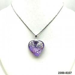 UNIQUE Pendentif coeur en cristal lilas inclusion feuille d'argent sur chaine