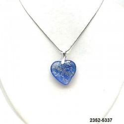 UNIQUE Pendentif coeur en cristal saphir clair inclusion feuille d'argent sur chaine