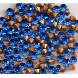 25 STRASS ROND A CULOT SS19 - 4.4 - 4.5 MM SAPHIR FONCE