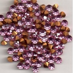 25 ROUND STRASS A CULOT SS19 - 4.4 - 4.5 MM LIGHT ROSE