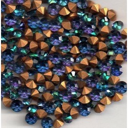 25 STRASS ROND A CULOT SS19 - 4.4 - 4.5 MM HELIOTROPE