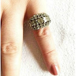 OLD STRASS OVAL SHAPED CRYSTAL RING ADJUSTABLE RING