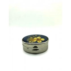 OVAL BAG PILL BOX DRIED FLOWERS UNDER RESIN