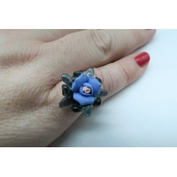 PINK CRYSTAL AND BLUE PORCELAIN RING